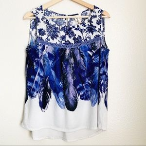 Fig & Flower Blue/Cream Feather Floral Tank Size M